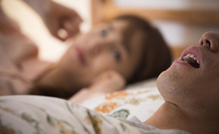 睡眠時無呼吸症候群やいびきの影響について